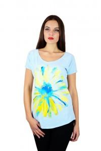"Жіноча патріотична футболка ""Ромашка"" блакитна реглан М-957"