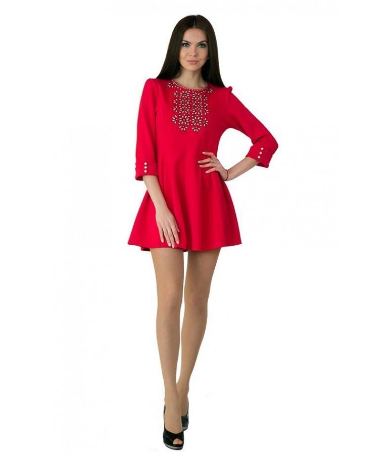 Жіночі вишиті плаття в українському стилі - зручне та модне вбрання ... 10f637df8098d